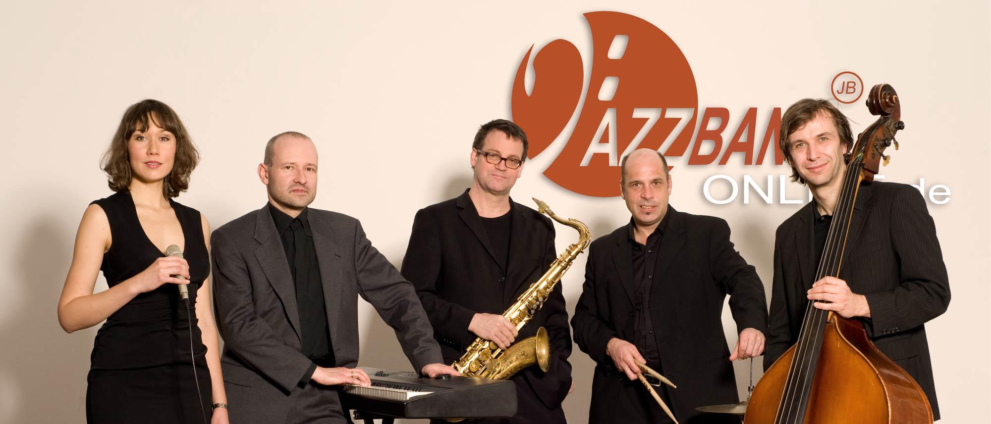 Jazzband-Gesang-Saxophon-Piano-Bass-Drums