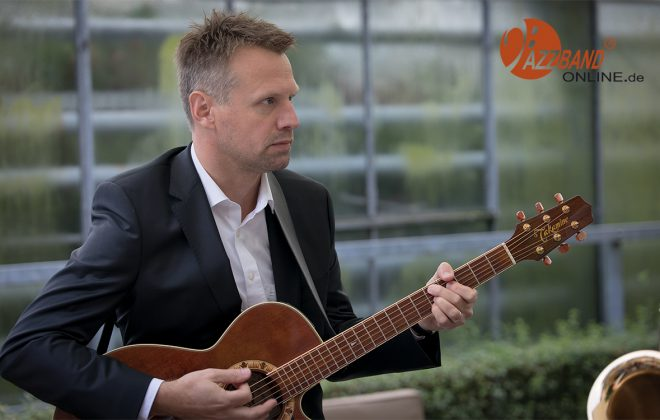Gitarrist-Jazzband-Muenster-MA4_2292-1