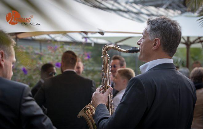 Jazzband-Saxophon-Garten-mobil-MA4_2470-1